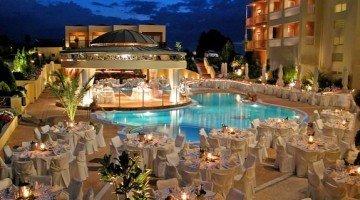 Ambassador Hotel gamos ΓΑΜΟΣ