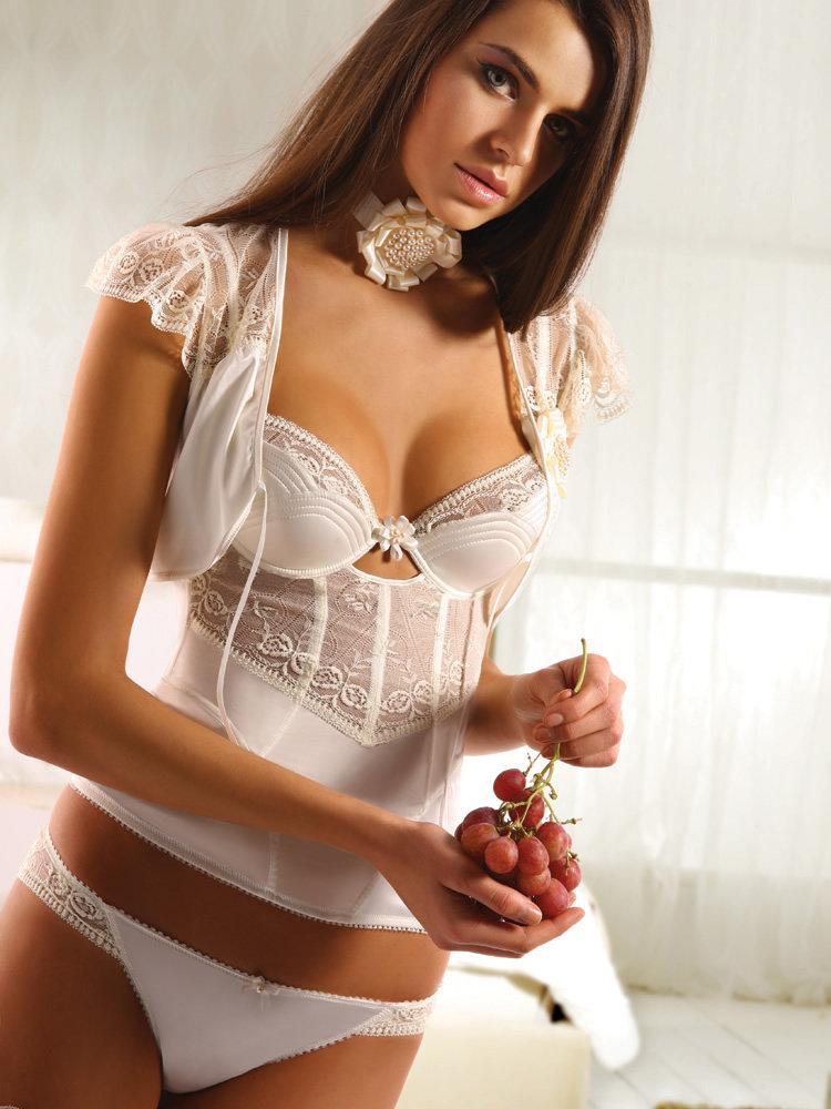 bridallingerie14
